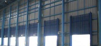 Portão guilhotina industrial